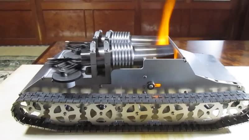 модель танка с двухцилиндровым мотором стирлинга