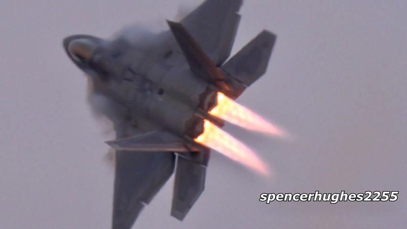 F 22 Raptor Arrival 3 Demos EAA AirVenture Oshkosh 2019