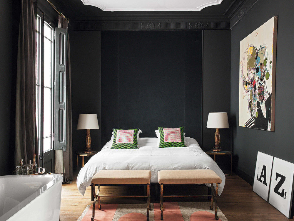 Эклектичные апартаменты коллекционера предметов искусства в Барселоне