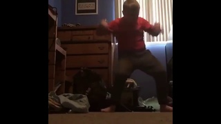 #boogiedown Kid with red shirt dances to pumped up kicks