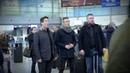 Finlandia hymni lentokentällä koskettava Suomi 100 Flash mob