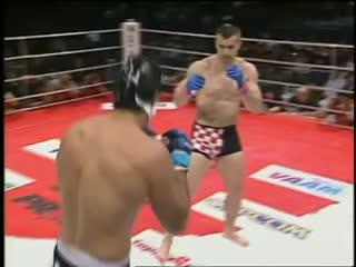 Mirko cro cop filipovic vs dos caras jr. pride bushido 1