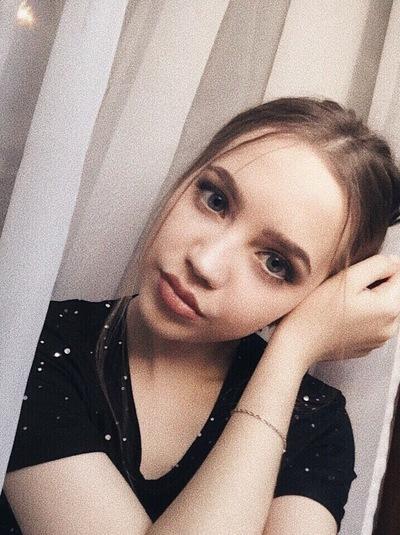 Анна Быстрова