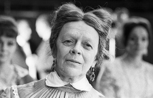 Любимая бабушка Советского Союза, изображение №1