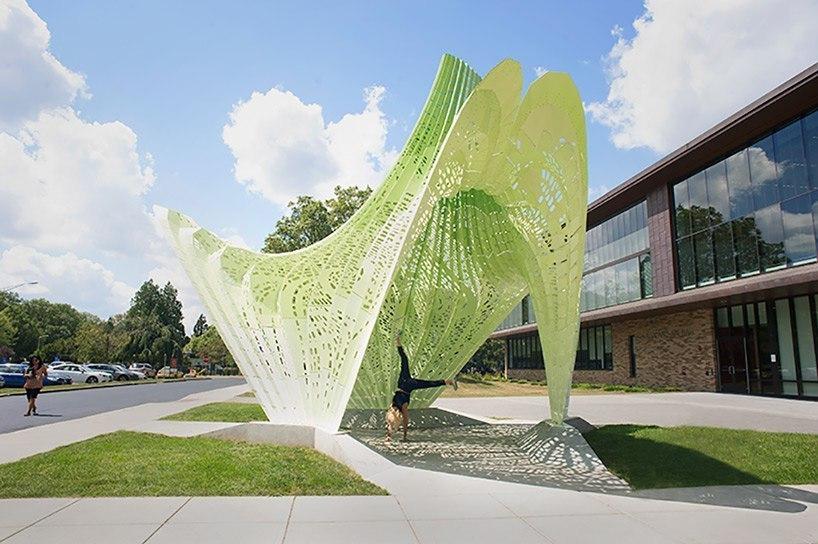 MARC FORNES / THEVERYMANY sculpts bright green hyperbolic paraboloid pavilion