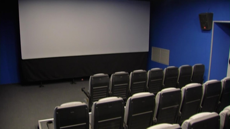 Историческое событие в поселке Энергетиков в местном ДК открыт новый кинозал