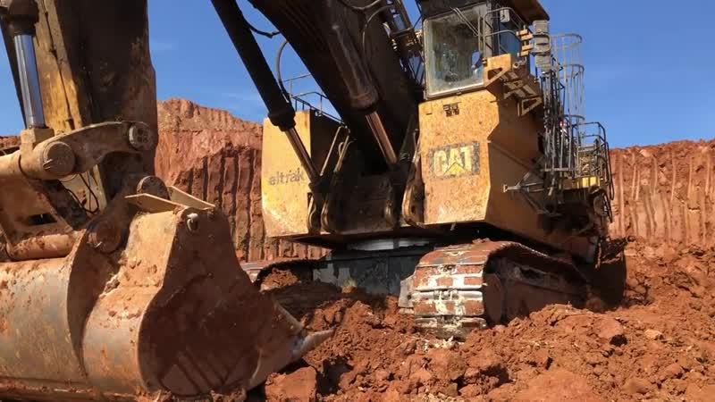 Huge Cat 6040 Mining Excavator 60 Minutes Movie
