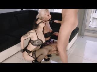 глубоко в горло порно видео