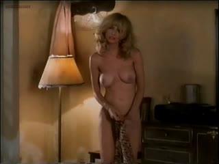 "Розанна аркетт (rosanna arquette nude scenes in ""the wrong man"" 1993)"