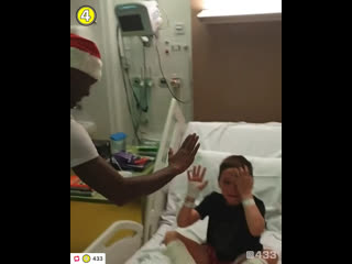 Ливерпуль в детской больнице