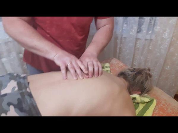 Костоправ избавил от поясничных болей за пару минут./Chiropractic.