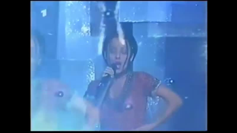 Alizée - Moi.Lolita Belga Guinness 10-27-2001 HD