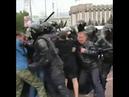 Noise MC Лёха космонавт на видео от акции протеста