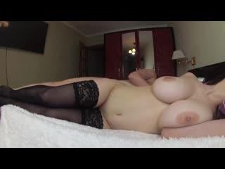 Мужик трахнул сисястую подружку жены порно, ебля, инцест, минет, трах,секс,измена