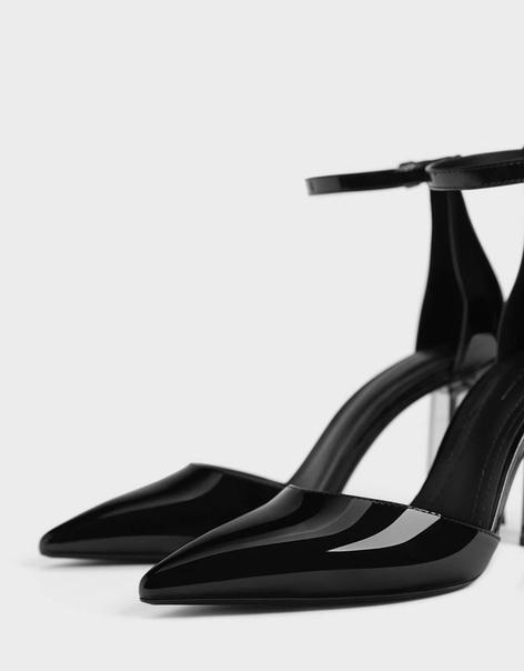 Туфли на каблуке из метакрилата
