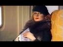 04 LOS RICOS TAMBIEN LLORAN women in fur coat