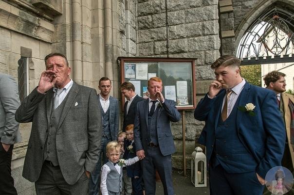 Будни ирландских цыган довольно закрытой этнической группы, которая путешествует по стране и отвергает буржуазные