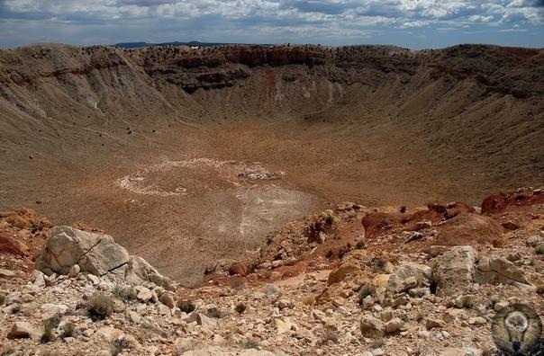 Самый большой и один из древнейших: кратер Вредефорт