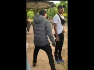 Another 'fight' from Cannon Hill Park yesterday, looks like he was swiping with a blade