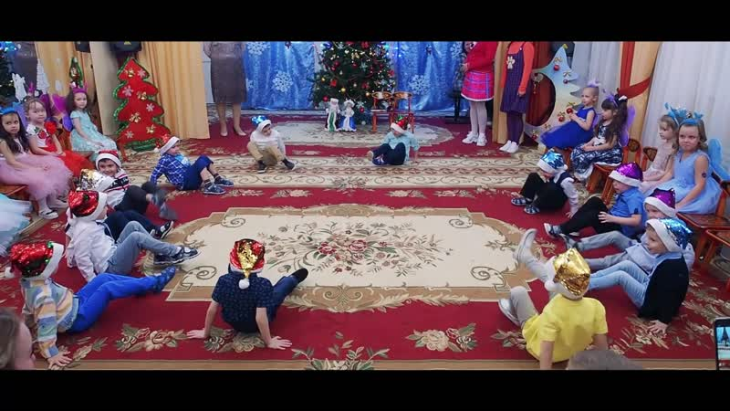 Новогодний утренник в детском садике №29
