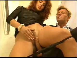 Una ricca vergine porno anal oral sex