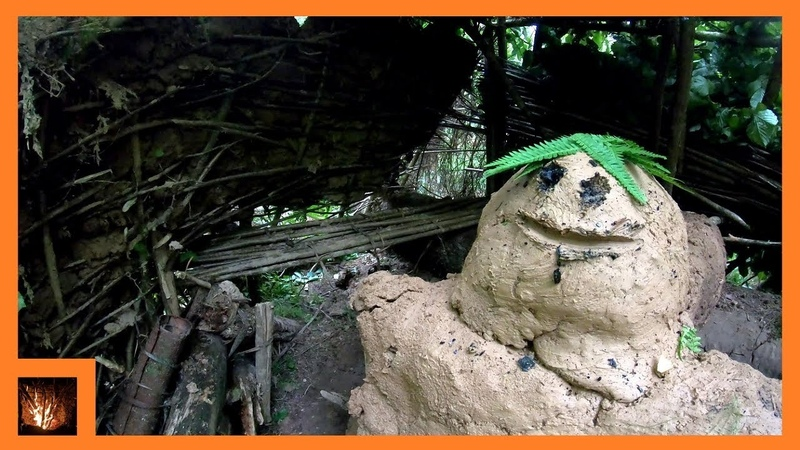 GREAT Bushcraft Trip - Mud Shelter, Fireplace, Stone Axe, Bark Bucket, Weaving...