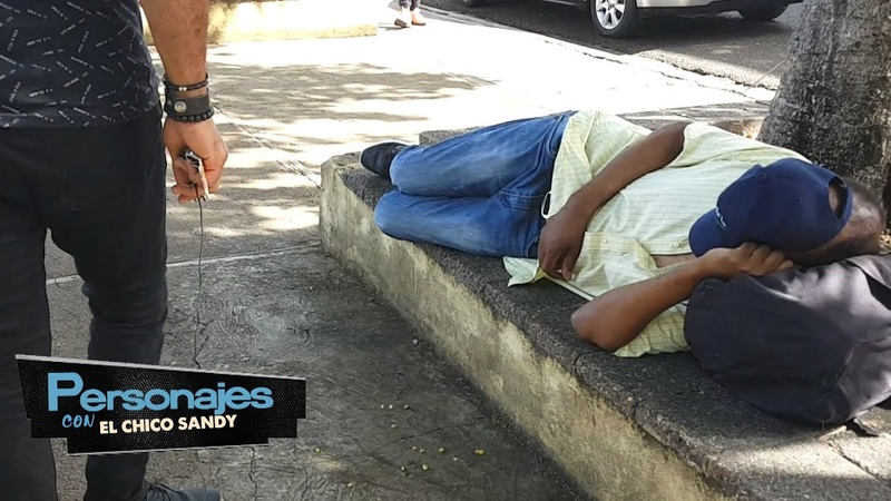 Increible ex musico de Juan Luis Guerra duerme en las calles PERSONAJES CON CHICO SANDY