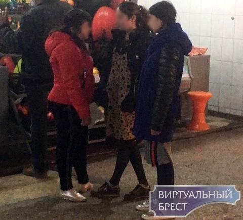 Задержали девушку, которая выпрашивала деньги и кашляла в лицо, если их не давали