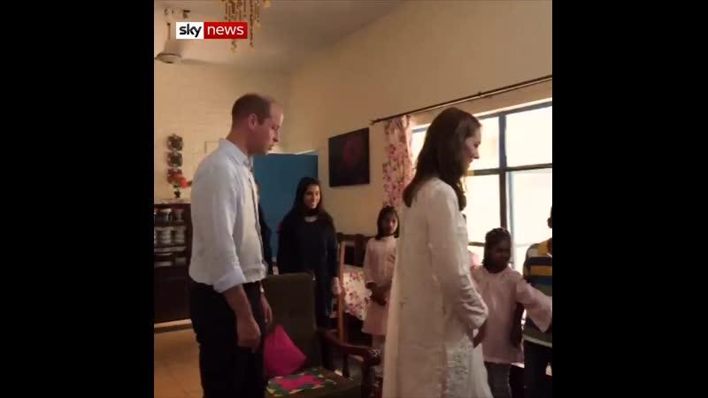 Уильям и Кэтрин посетили деревню для детей-сирот SOS, 17.10.2019