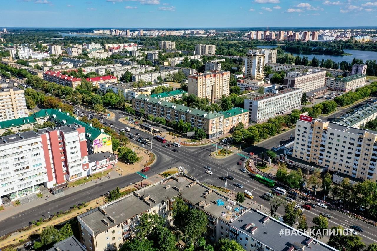 Взгляните на ликующий город Брест с высоты