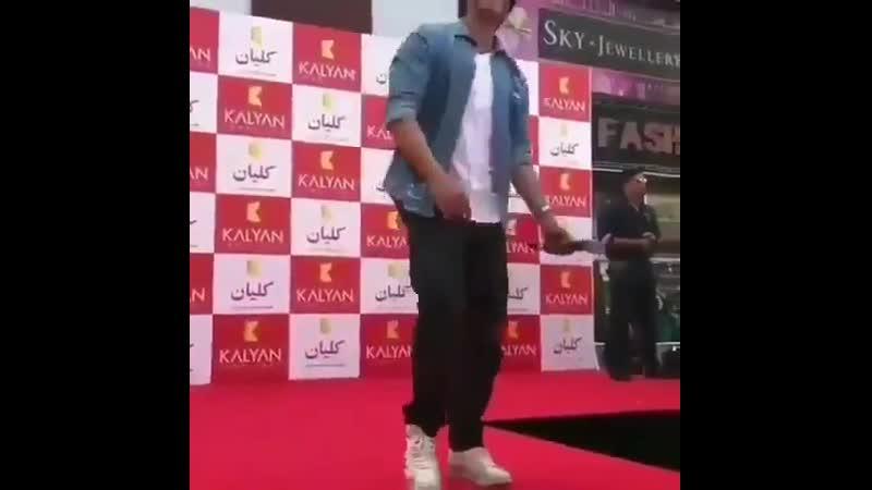 Shah Rukh Khan King Khan Chhaiya Chhaiya