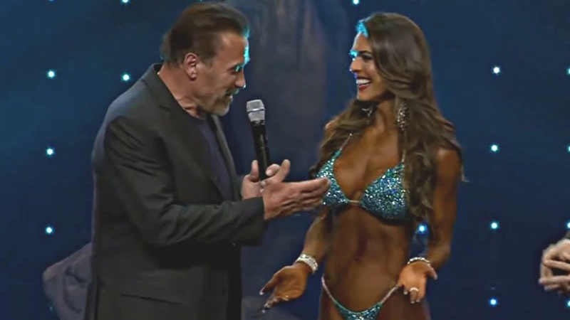 Arnold's Awkward Moment with Bikini Competitor