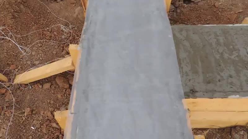 Ленточный свайный фундамент залит (480p).mp4