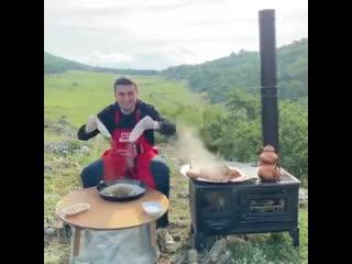 Бурак на пикнике тоже неплохо готовит