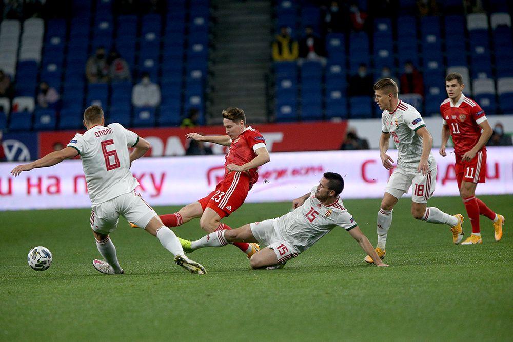 Россия - Венгрия, 0:0. Далер Кузяев