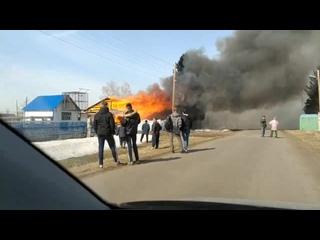 Пожар в д. Любино-Малоросы ()