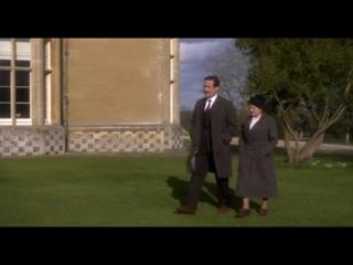 Мисс Марпл- Джулия Мак Кензи в фильме  «Карман, полный ржи» (Великобритания, 2008)