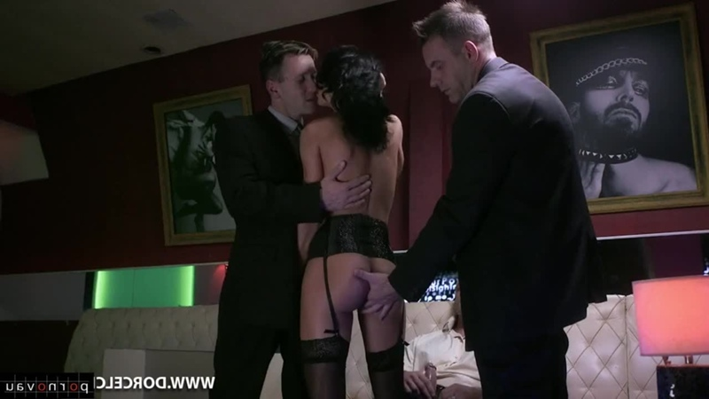 Shalina Devine [ Brunettes &  Double penetration / Cum on face , In the club , Riding dick , Sex in clothes , Cumshot in mouth ,