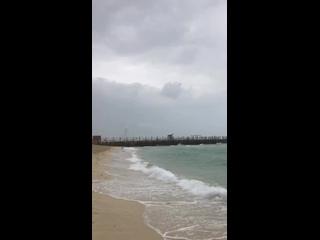 kite beach raining