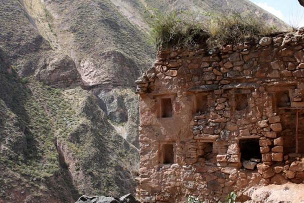 Тайны Перу: Наупа Иглесия — «Звездные врата» на другие планеты или в другие измерения, изображение №4