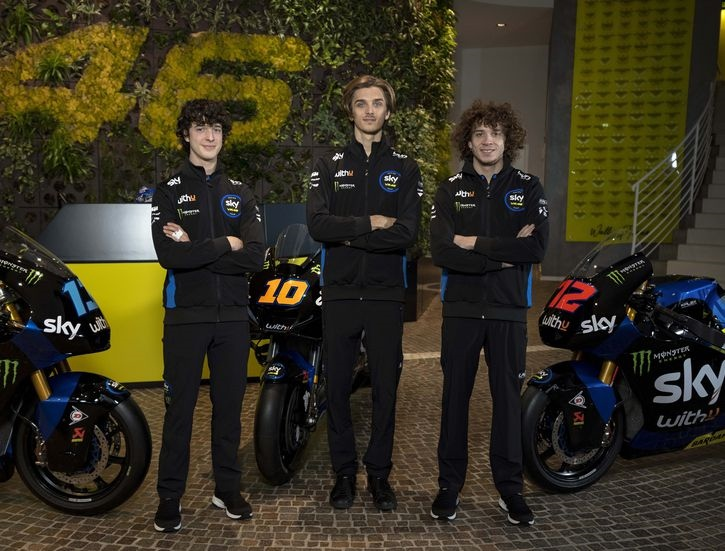 Лука Марини дебютирует в MotoGP 2021 за команду SKY Racing Italia VR46