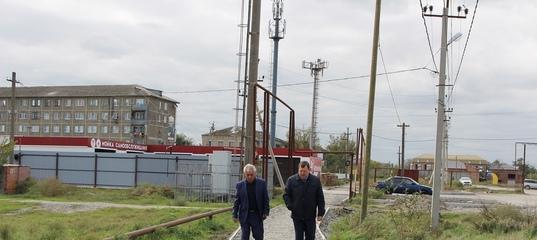 В микрорайоне Общества слепых завершается строительство тротуара, протяженностью более 1,3 километров. На