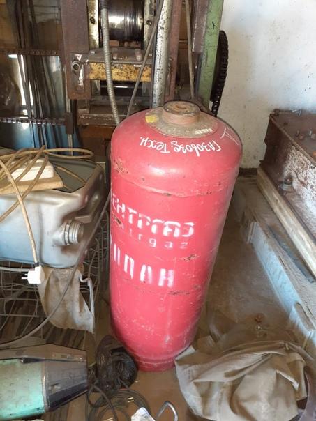Газовые баллоны Без вентеля 500 рС вентелем 1500Че...