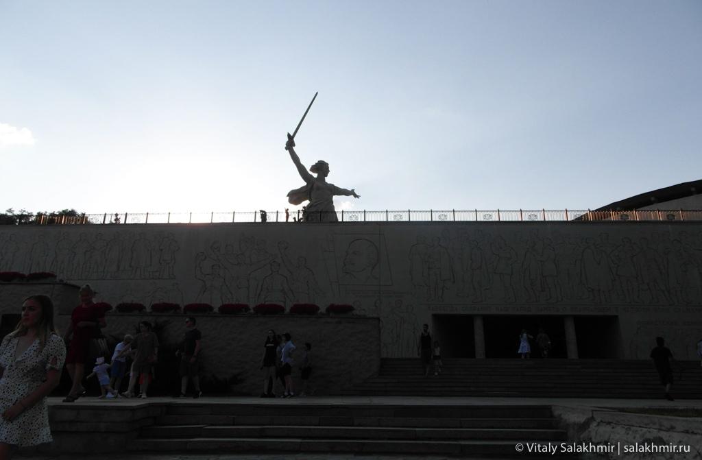 Вход в Зал воинской славы, Волгоград 2020