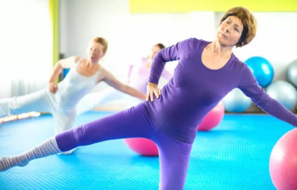 Как облегчить боль в спине с помощью упражнений на равновесие на одной ноге, изображение №3