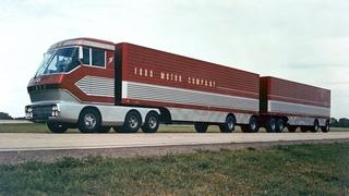 Грузовик будущего.1966год.Он и сейчас смотрится лучше современных машин.Amazing Restored 1966 Footage of Big Red Turbine Truck from Ford Archives
