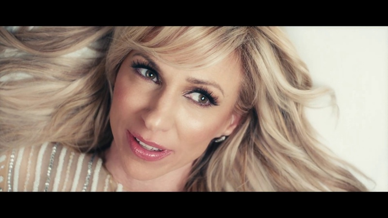 Debbie Gibson - Girls Night Out (Tracy Young VegasVibe Remix) Official Music Video