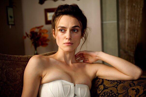 Как 30-летние женщины смотрят на мужчин Знаете, после наших тридцати романтичным и сексуальным в мужчинах становится другое. Другое, чем в 18, в смысле. Там одна роза и шампанское складывали