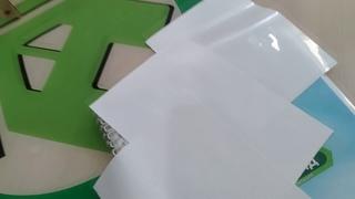 Глянцевый матовый сатиновый натяжной потолок  Как выбрать  Отличия