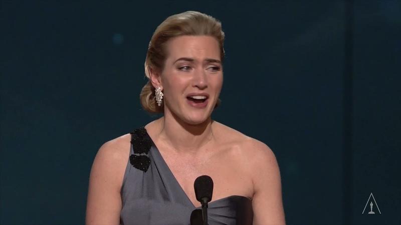 Kate Winslet Behind the Oscars Speech